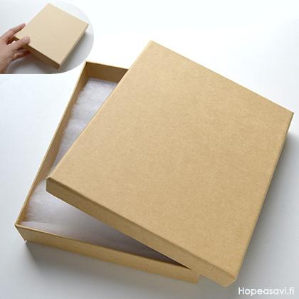 *Poistomyynti -B-luokka, laatikoissa pieniä painaumia tms.* Korurasia, ruskea ´natural´, pehmustettu, 150x130x30mm, TUKKUPAKKAUS 10 kpl