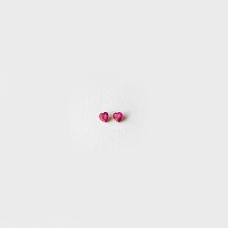 *Sesonkitarjous* Synteettinen Rubiini, Tumma pinkki, Sydämen muotoinen, 3x3mm, 1 kpl