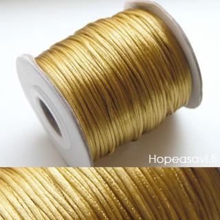 Lanka, satiinia, Kulta - antiikkisävy (tumma), 1mm, 4m (1x4m pussi), helmitöihin, kumihimoketjuihin jne.