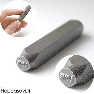 Leimasin, punsseli *LOVE*, leveys 5x5 mm, laadukasta karkaistua terästä, pituus noin 7cm, 1 kpl