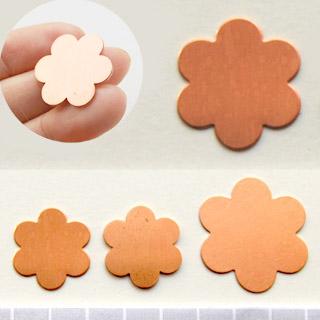Kupari, muotopala, Kukka 6 lehteä, läpimitta 22mm, emalointiin tai korun osaksi, 2kpl
