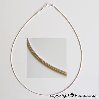 *Tarjous* Hopeaketju, Italialainen, erittäin laadukas ja tyylikäs hopea 925 käärmeketju, rengaslukko, pituus 42, ovh. 28.90