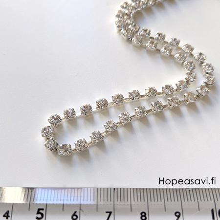 *Uutuus* Säihkyvä koruosa, lasia, 4mm, tasainen tausta, kuppimaisissa istukoissa jotka ovat ketjussa, 25cm, noin 40 osaa