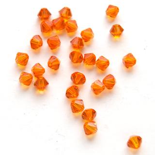 *Tarjous* Helmi, Swarovski Crystal, Oranssi, 4mm, bicone (säihkyvä heijastus), 8 kpl