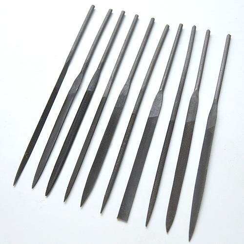 Viilasetti, 10 kpl erilaista viilaa, pituus noin 15cm, edullinen vaihtoehto