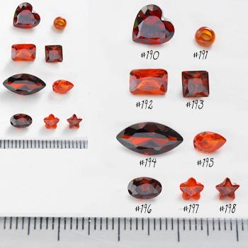 *Mallikappale-poistoale* Kuutiollinen Zirkonia, kuvassa #197, Garnetti/Tumma oranssi, KUKKA, 4x4mm, 1 kpl