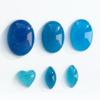 *Kapussi Mix* 'Sininen' -kokoelma kuin kuvassa (luonnon/väri stabiloitu/syntteettinen), 6kpl, eri muotoja, koko noin 4x8mm-12x16mm
