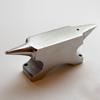 Alasin, klassinen malli tarkkaan työskentelyyn, karkaistua terästä, pienikokoinen noin 4x11.5cm, kiillotettu, paino noin 600g