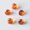 Synteettinen Safiiri, oranssi, pyöreä, 4mm, 1 kpl (Huom, kuvassa useampia kivia)
