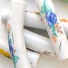 *Mallikappale-Poistoale* #PS7 -Posliinihelmiä, kaarevia& isoja putkiloita, ihania kukkia (erilaisia), esim. noin 35x8 ja 50x8mm, 4 kpl
