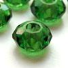 *Poistomyynti* Helmi, lasia, reikä 5mm (iso), vihreä, koko noin 15x10mm, 3 kpl, OVH 2.15