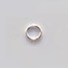 Välirengas, hopeoitua messinkiä, pyöreä, läpimitta 7mm, lanka 0.8mm, noin 100kpl