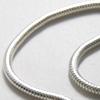 Kaulaketju, hopeoitua messinkiä, pituus noin 45cm, paksuus noin 2.5mm, avattava päätoösosa