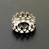 Istukka, hopea 925, pyöreälle kapussille, 8mm, koristeellinen *kruunu* -reuna, 1 kpl