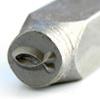 Leimasin, punsseli *KALA*, noin 6x3mm, laadukasta karkaistua terästä, pituus noin 7cm, 1 kpl