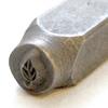 Leimasin, punsseli *LEHTI*, leveys 6x4 mm, laadukasta karkaistua terästä, pituus noin 7cm, 1 kpl