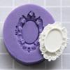 *Poistokappale -20%* (Reunassa pieni valuvika) Muotti, joustavaa silikonia, kehys, kukkia, noin 27x20mm