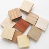 *Erä* Puupala, AAA laatu, eri puulajeja japanista (kuva malli), ihana yksityiskohta (esim. uv-hartsikoruihin), 20x20x5mm, 9 kpl