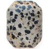 *Yksittäiskappale kuten kuvassa* Harmaalla pohjalla mustia täpliä (mahdollisesti jaspis), pyöröhiottu kapussi, kuvassa SP-07, suorakulmio, viistetyt nurkat, noin 40x30x7mm, uniikki kivi