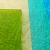 *Taas varastossa* Sulatuslasi, lajitelma jossa eri värejä, läpikuultavia ja opaakkeja, noin 3-6 kpl, noin 100g