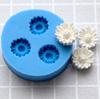Muotti, joustavaa silikonia, Päivänkakkara, kaarevat terälehdet, pienin malli, kolme muottia yhdessä (noin 10x10mm)