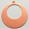Kupari, muotopala, Ympyrä -läpimitta 40mm, aukko epäsymmetrisesti 22mm, paksuus 0.5mm, emalointiin tai korun osaksi, 1 kpl