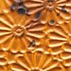 Kuparilevy, patinoitu, kuvioitu kukka, KULTAINEN HEHKU -kuvio, noin 70x70mm, paksuus 0.15mm, pehmeä, uniikki kuvio