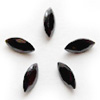 Kuutiollinen Zirkonia, Musta, markiisi (navette) 8x4mm, 2 kpl, huom ei kestä polttoa